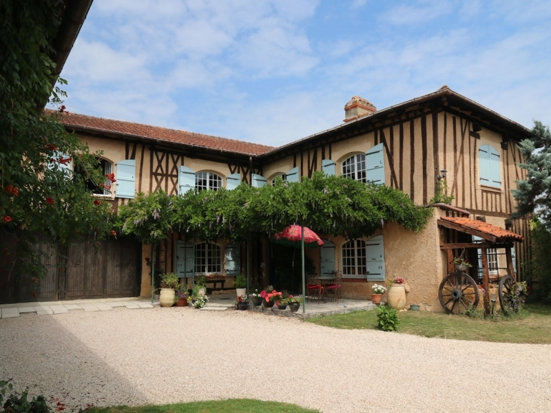 A comfortable, well renovated character home with views of the Pyrenee