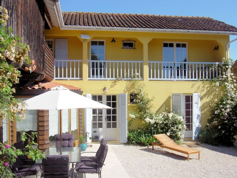 Chambre d'hotes with pool, on a plot of land of 2761m².